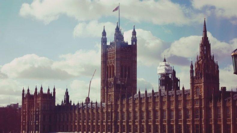 Общество: Супруг королевы Великобритании попал в больницу