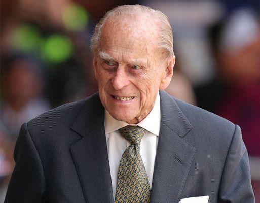 Общество: В Лондоне госпитализирован супруг королевы Великобритании Елизаветы II