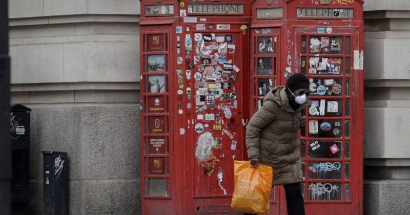 Общество: В Великобритании медики начали умышленно заражать людей коронавирусом