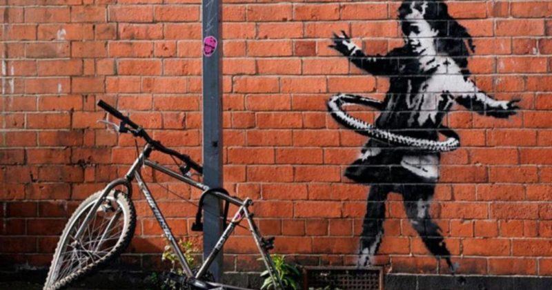 Общество: В Англии продали кусок стены с граффити Бэнкси