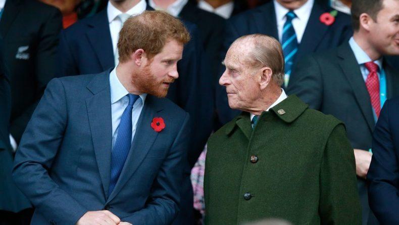 Общество: Принц Гарри переживает за дедушку Филиппа и готовится к вылету в Лондон, – СМИ