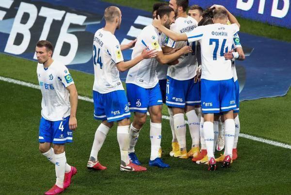 Общество: Футболисты «Динамо» победили «Спартак» в московском дерби