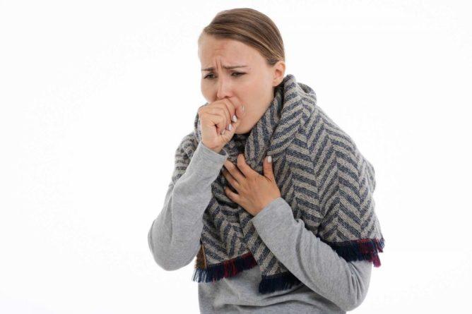 Общество: Учёные из Великобритании рассказали об опасности постоянного кашля