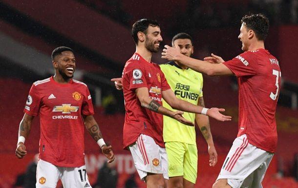 Общество: Манчестер Юнайтед обыграл Ньюкасл и вернулся на второе место в АПЛ