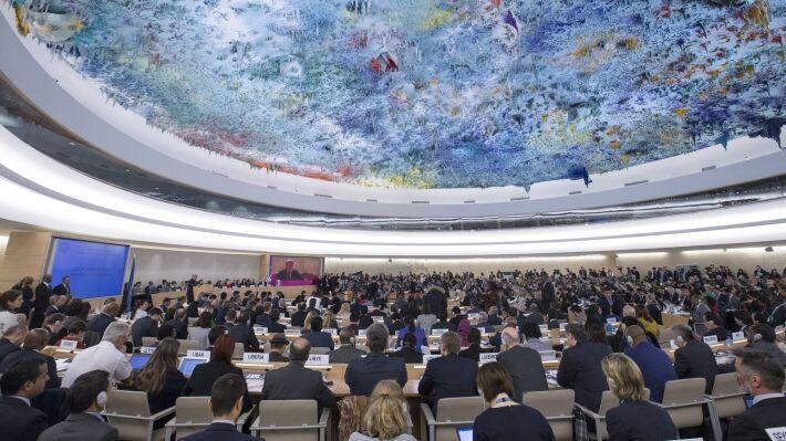 Общество: Сенатор Джабаров назвал жалобы Великобритании в адрес России «мелкими укусами»