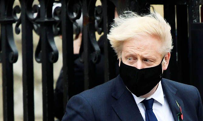 Общество: Карантинные ограничения в Великобритании начнут снимать 8 марта