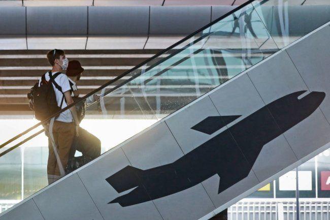 Общество: Британия откроет авиасообщение с другими странами не раньше середины мая