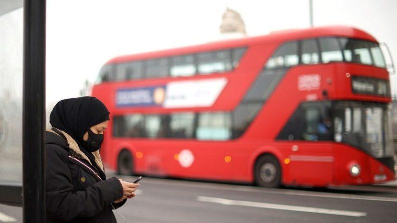 Общество: В Британии за сутки зафиксировали 8489 случаев коронавируса