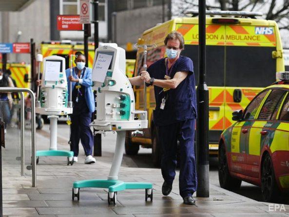 Общество: Великобритания решила снять карантинные ограничения из-за COVID-19 к концу июня