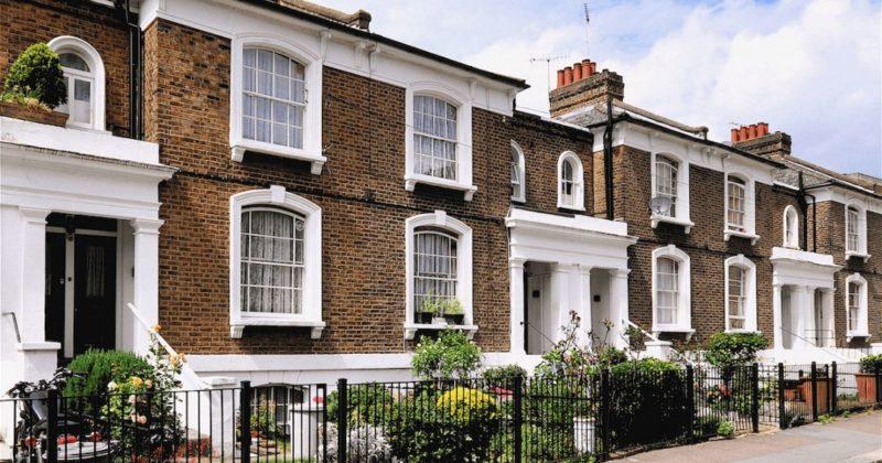 Общество: Гонконгцы с успехом скупают дома в Великобритании, чтобы быть арендодателями
