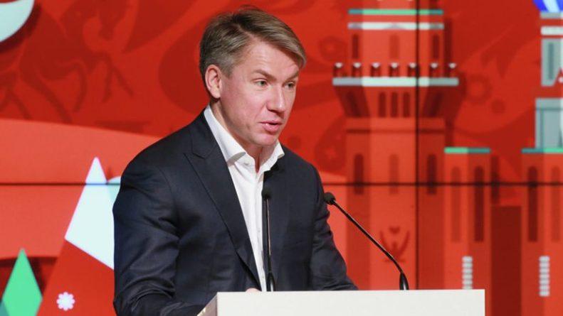Общество: Сорокин прокомментировал информацию о возможном переносе всех матчей Евро-2020 в Англию