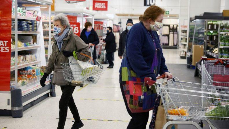 Общество: В Британии за сутки выявлено более 6 тысяч заболевших COVID-19