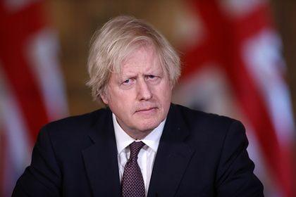 Общество: Борис Джонсон восхитился Елизаветой II после интервью Меган Маркл и принца Гарри