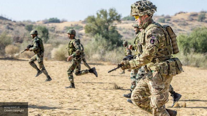 Общество: Британцы высмеяли собственную армию, пытавшуюся напугать Россию