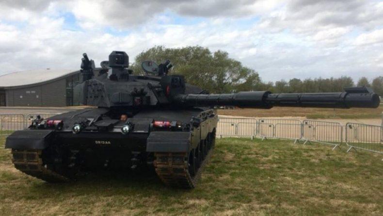 Общество: В Лондоне объяснили низкую боеспособность британских танковых частей