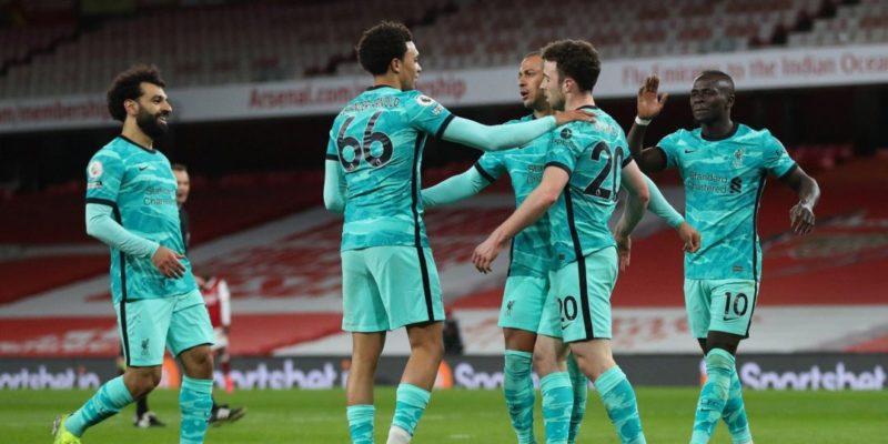 Общество: Английская Премьер-лига. Челси разгромно проиграл аутсайдеру, Ливерпуль уверенно победил Арсенал — видео
