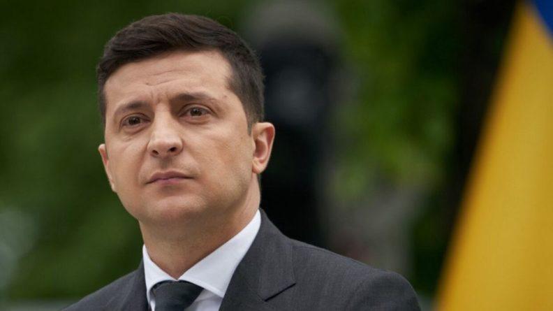 Общество: Зеленский провел телефонные переговоры с премьером Британии