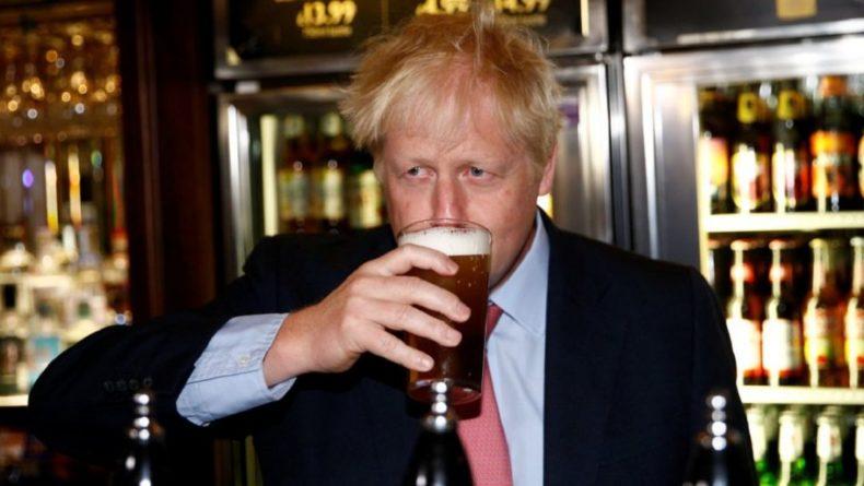 Общество: Осторожно, но необратимо, – Джонсон сразу после локдауна планирует в паб на пиво