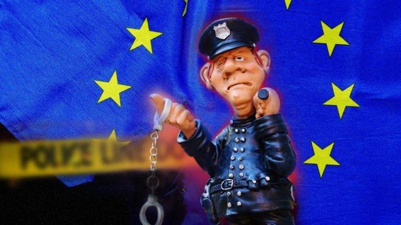 Общество: В Британии назвали причины, которые могут привести к распаду ЕС