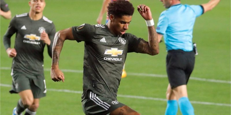 Общество: Лига Европы. Манчестер Юнайтед одолел Гранаду, Рома — Аякс, Арсенал сенсационно упустил победу — видео