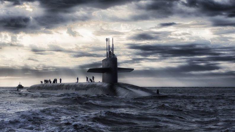 Общество: Британцы боятся остаться без интернета из-за «тайного северного флота Путина»