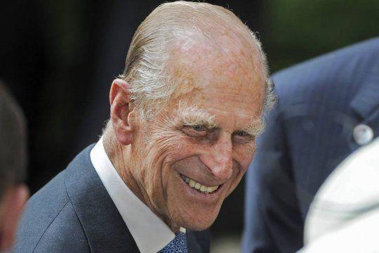 Общество: В Великобритании скончался супруг Елизаветы II принц Филипп