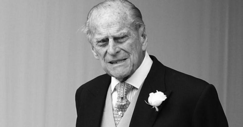 Общество: Великобритания объявила траур из-за смерти принца Филиппа