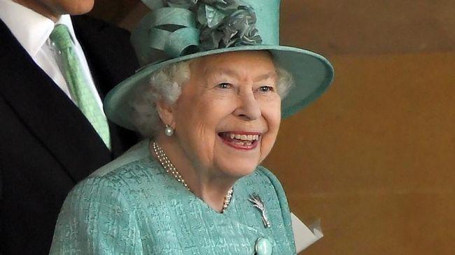 Общество: Эксперты оценили вероятность отречения от престола королевы Великобритании