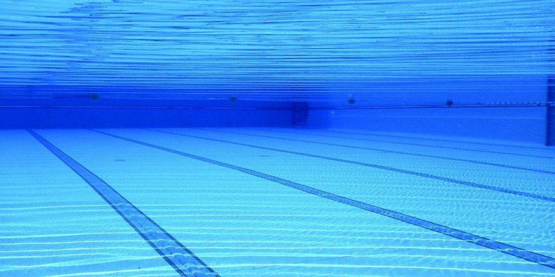 Общество: Израильский пловец взял «золото» и «серебро» на соревнованиях в Англии