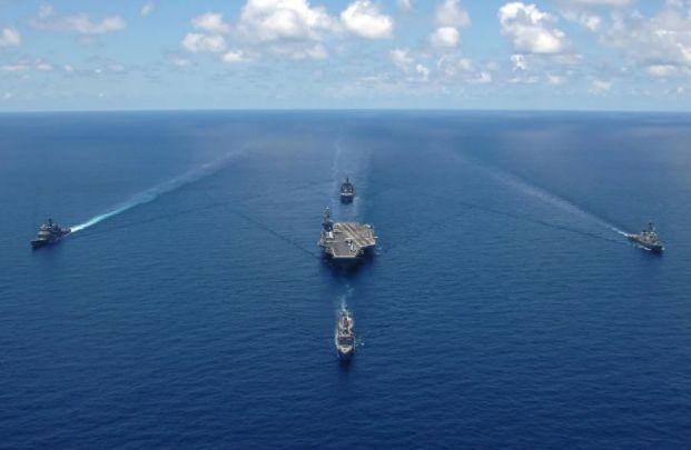 Общество: Жители Великобритании призвали США «не злить русского медведя» кораблями в Черном море