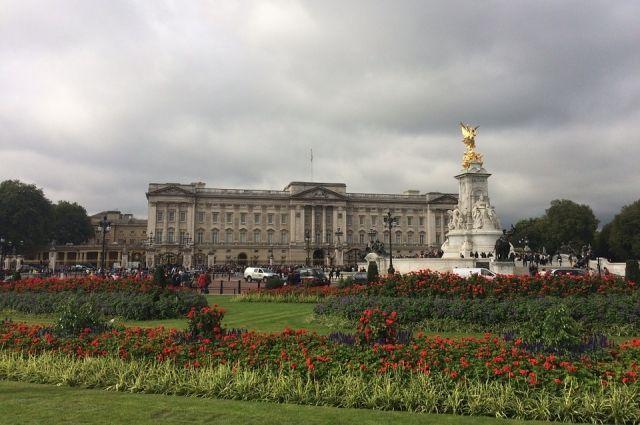 Общество: В центре Лондона установят памятник принцу Филиппу — СМИ