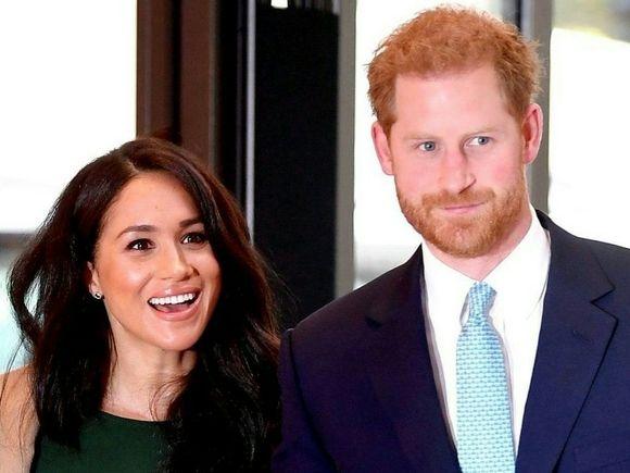 Общество: Sun: Принц Гарри прилетел в Лондон на похороны принца Филиппа
