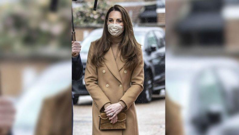 Общество: Британка рассказала, сколько зарабатывала на сходстве с Кейт Миддлтон