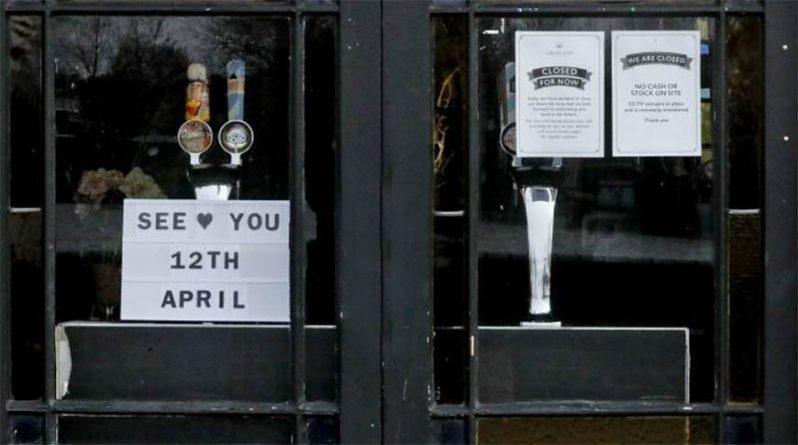 Общество: В Великобритании после карантина открылись пабы и рестораны