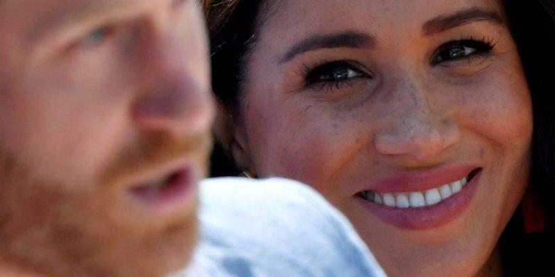 Общество: Дело не только в беременности. Меган Маркл не захотела лететь в Великобританию на похороны принца Филиппа