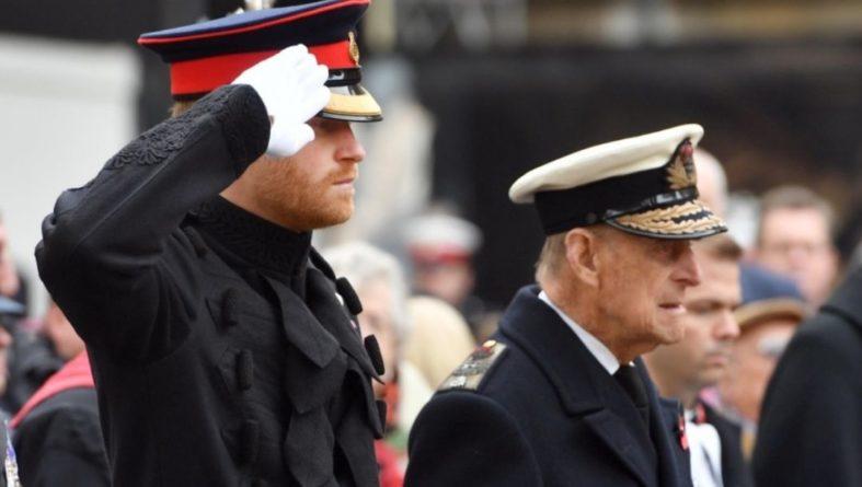 Общество: Возвращение принца Гарри в Лондон без Меган Маркл повторяет историю 70-летней давности