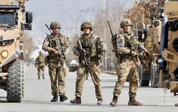 Общество: Британия выведет войска из Афганистана раньше, чем США - Times