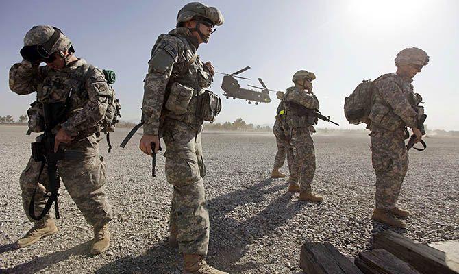 Общество: Британия, вслед за США, выведет свои войска из Афганистана
