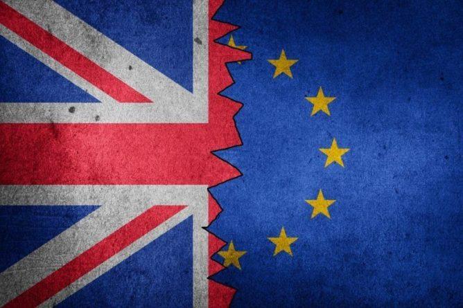 Общество: 100 днів після Brexit: економіка Великої Британії зазнає кризи, близько £1,3 трлн активів мігрували в ЄС