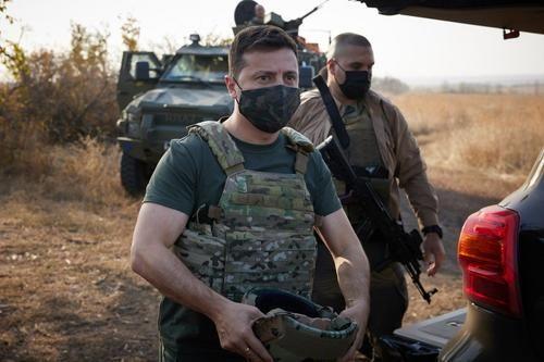 Общество: Андрей Пургин: Зеленский может отдать приказ о наступлении на ДНР и ЛНР под давлением украинских радикалов и Британии