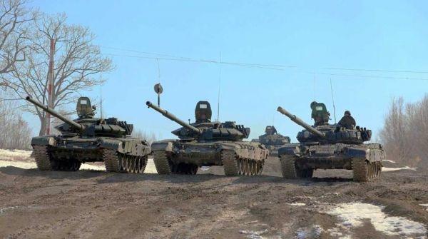 """Общество: В Британии заявили о """"полосах вторжения"""" на российских танках около Украины"""