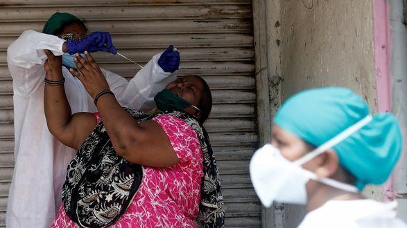 Общество: Индийская мутация коронавируса может помешать смягчению карантина в Великобритании