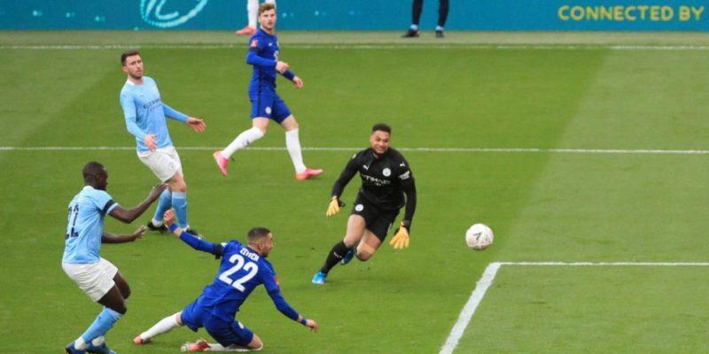 Общество: Зинченко потерял шансы на трофей. Челси обыграл Манчестер Сити и вышел в финал Кубка Англии