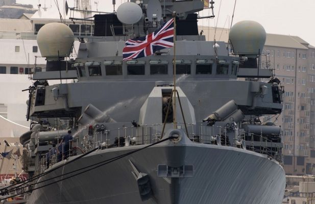 Общество: СМИ: Британия направит в Черное море два военных корабля