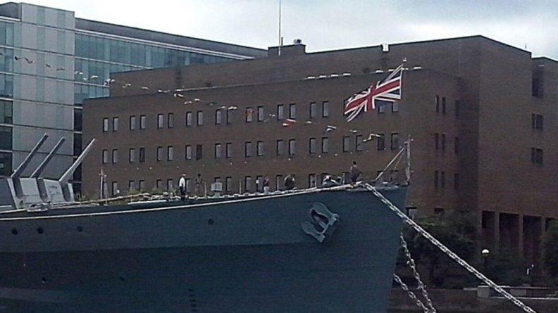 Общество: ВМС Великобритании отправит в Черное море два корабля