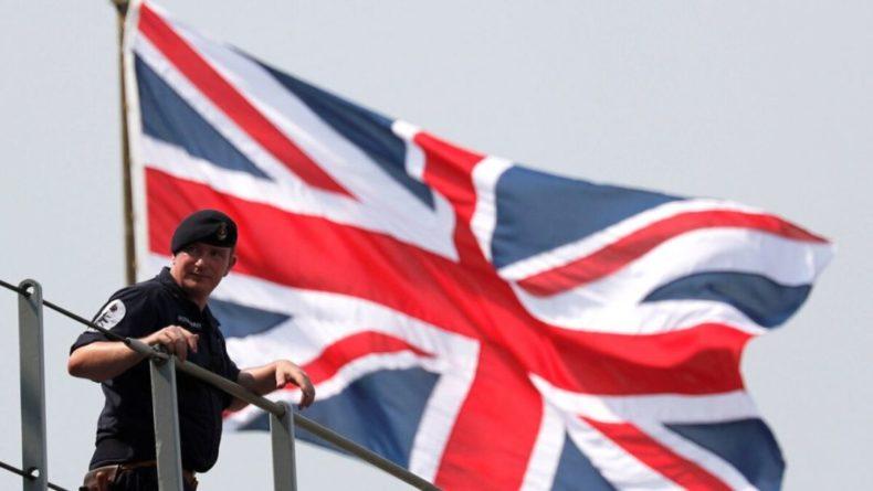 Общество: Великобритания направит военные корабли в Чёрное море
