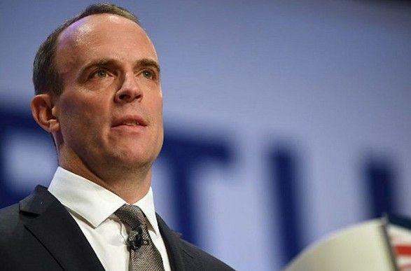 Общество: Великобритания поддержала Чехию в намерении выслать дипломатов РФ