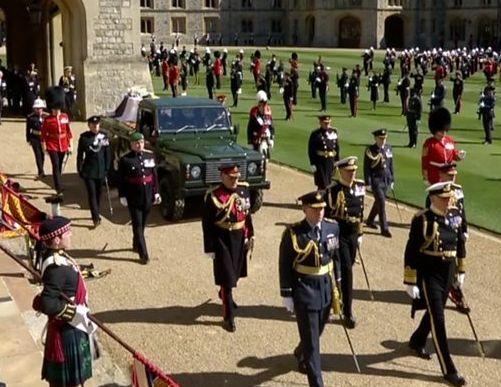 Общество: В Великобритании попрощались с принцем Филиппом. ФОТО