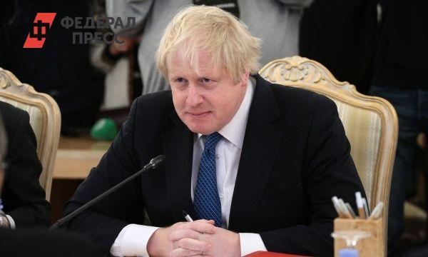 Общество: «Снова в пабе»: премьер Великобритании выпил заветную пинту пива