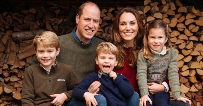 Общество: Кейт Миддлтон заметили со старшими детьми в одном из магазинов Лондона